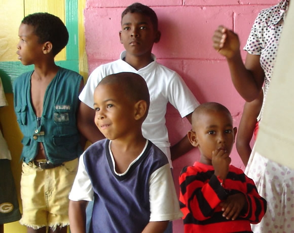 Volunteering in an Orphanage in the Dominican Republic Featured Image