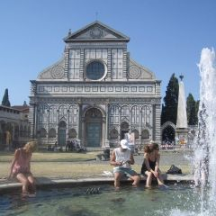 Group outside santa maria novella in fountain
