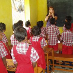Voluteer in the classroom