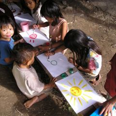 Art lesson in the jungle