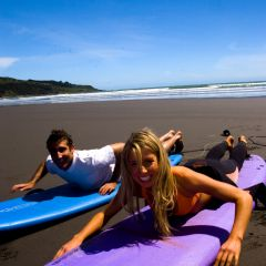 Learn to surf, Raglan
