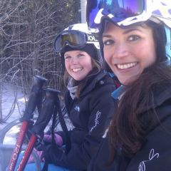 Skiforce Kate and Vicky