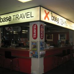 Base travel desk 2