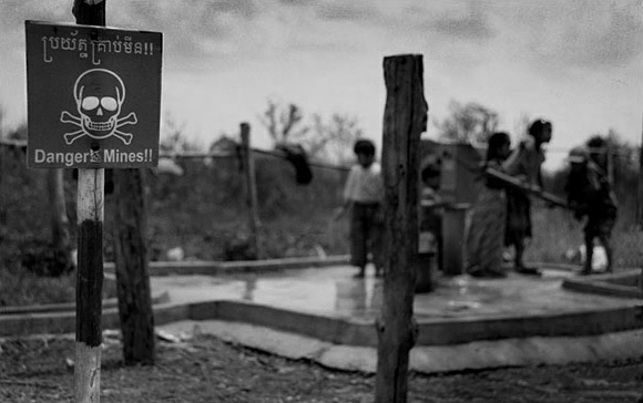 Photos: Cambodian Landmines in Focus Featured Image