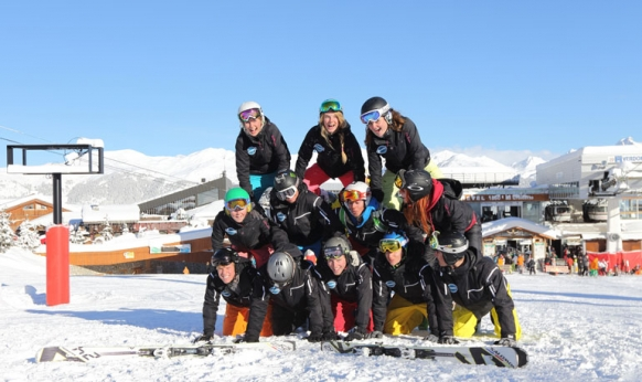 A Guide to Different Ski Resort Jobs Featured Image