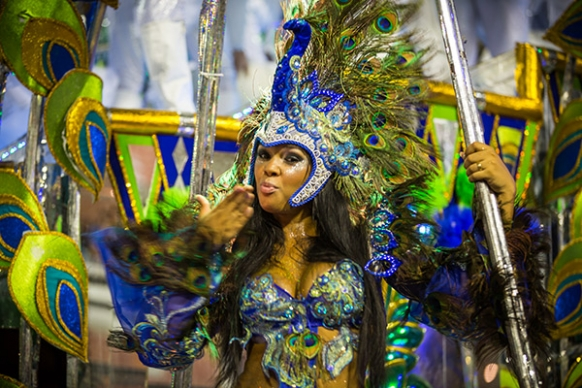 Backpacking in Rio During Carnival Featured Image