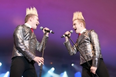 Jedward (almost) lost at sea Featured Image