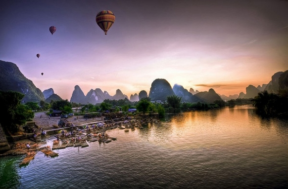 Places to Hot Air Balloon on Your Gap Year Featured Image