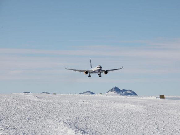 First commercial jet lands in Antarctica Featured Image