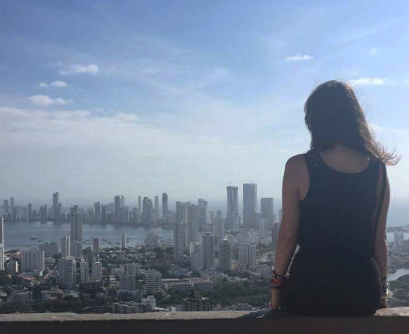 Solo Female Travel Tips for Colombia Featured Image