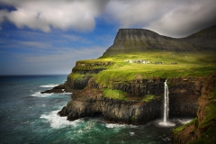 Why You Should Visit the Faroe Islands Featured Image