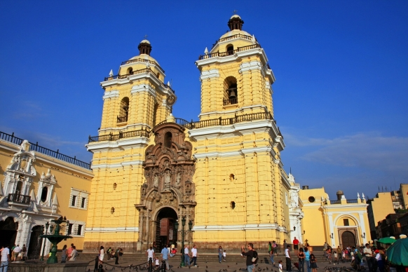 Make the Most of a Stopover in Lima, Peru Featured Image