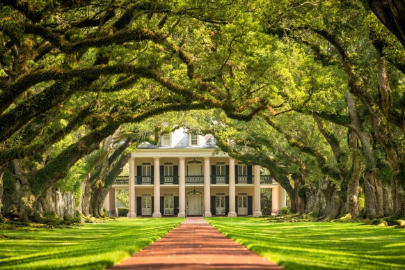 7 Awesome Stops You Have to Make on an Austin to New Orleans Road Trip Featured Image