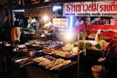 Bangkok bans all street food vendors Featured Image