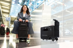 Bye bye, backpack! You can now get a motorised ridealong suitcase