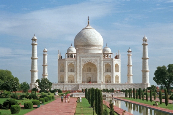 Taj Mahal could collapse 'within five years' Featured Image