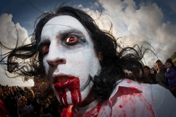 Zombies descend on Mexico City Featured Image