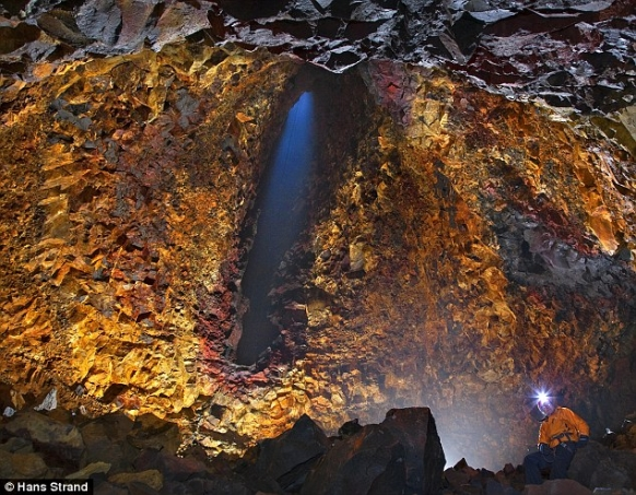 Iceland offers tours inside volcano Featured Image