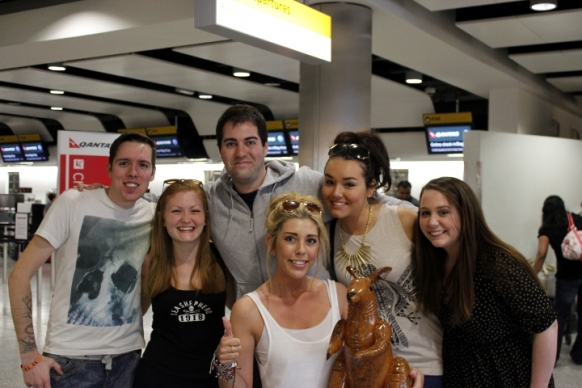 Backpackers fly to the Gold Coast Featured Image