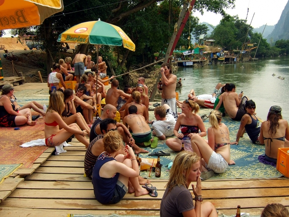 Vang Vieng goes down the tube Featured Image