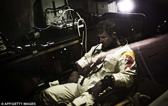 Felix Baumgartner set for supersonic skydive attempt Featured Image