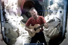 Astronaut covers Space Oddity in space Featured Image