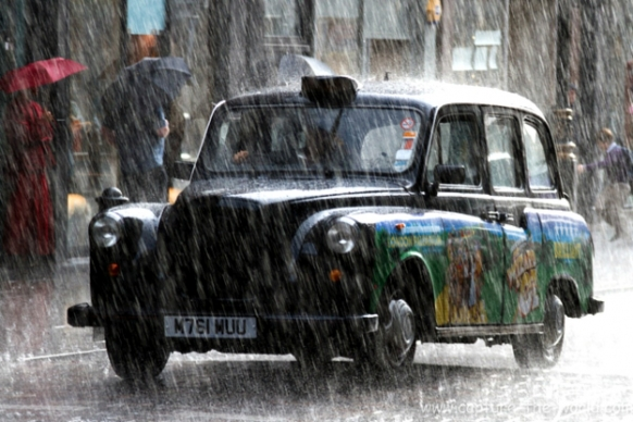 Top Things To Do In A Rainy London Featured Image
