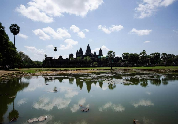 Discover Beautiful Cambodia (and Thailand) Featured Image