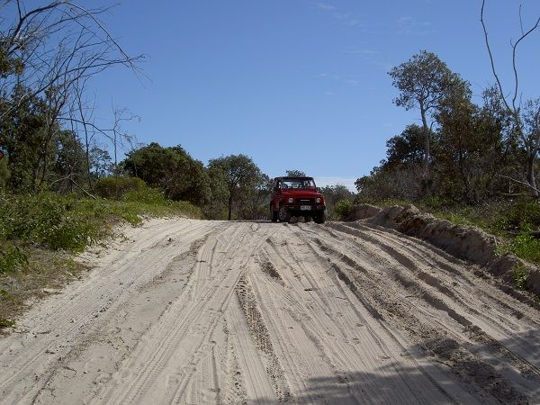 4WD safari on Fraser Island