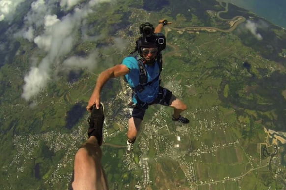 Skydiver survives terrifying ordeal Featured Image