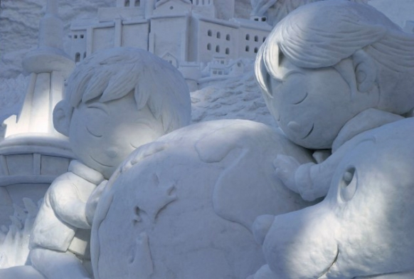 Unbelievable Japan Snow Sculptures Featured Image