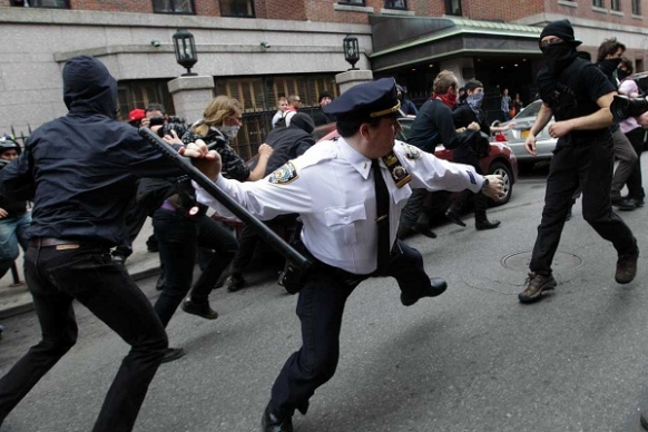 NYPD in epically brutal Twitter fail Featured Image