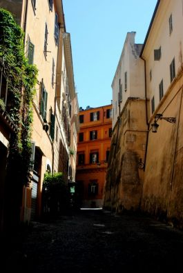 Winding through the streets of Rome