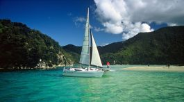 Sailing in Abel Tasman National Park