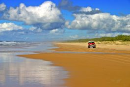 Driving on Fraser Island beach