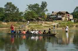 Canoe at Chitwan National Park
