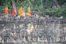 Walking monks