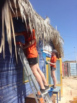 Volunteering with Children in Peru through Kiya Survivors