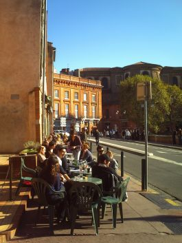 Cafe society in toulouse