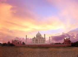 Magnificient taj mahal incredible india