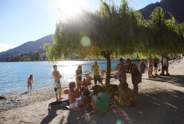 Relaxing-at-queenstown-bay (2)